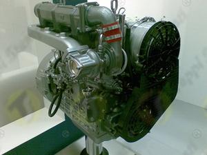 FN external bayonet filler plug for engine fuel tank