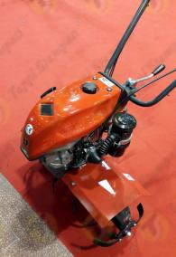 Tappo serbatoio P3 filettato in plastica passaggio 32 mm per motozappa