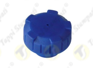 P3 blue vented tank cap in plastic material, female threaded, passage diameter 32 mm