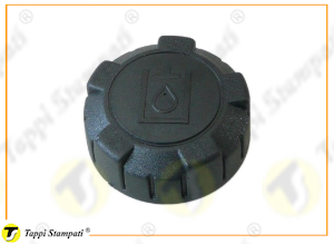 P3 oil tank cap female threaded passage diameter 32 mm in plastic material with hydraulic oil logo
